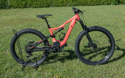 Specialized Turbo Levo (taille S, rouge)